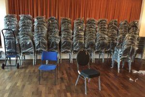 Neue Stühle eingetroffen